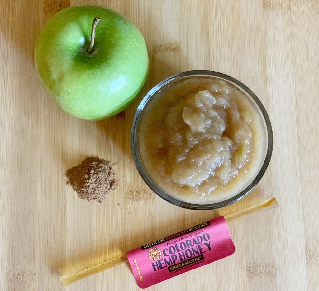 ingredients for homemade apple sauce for dogs